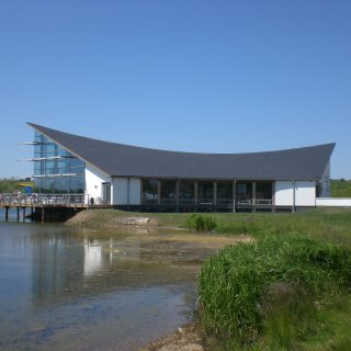 Stanwick Lakes Visitor Centre, UK, Del Carmen